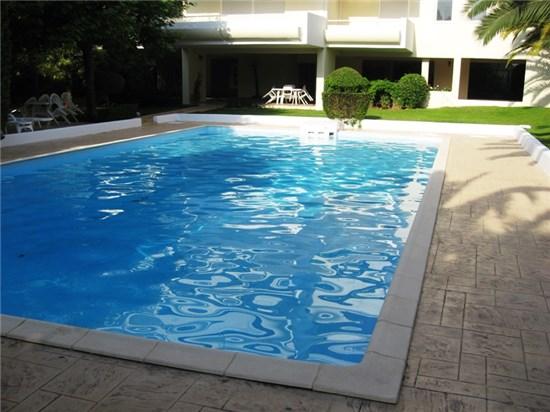 Πισίνα μπετόν με δύο φίλτρα Compact Maxi στα Πηγαδάκια Βούλας - Έργο 6 1