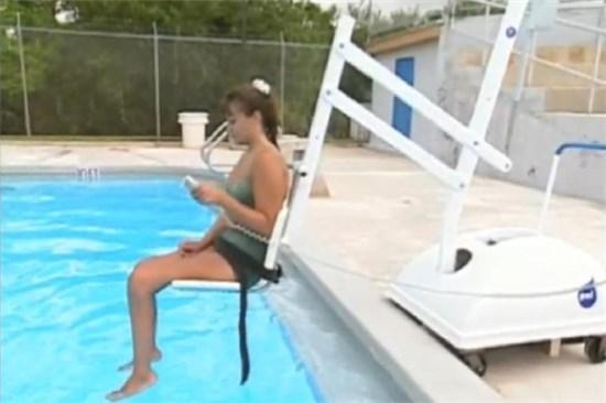 Εξοπλισμός Πισίνας, 15) Υδραυλικά Lifts - Αναβατόρια - Κυλιόμενα καθίσματα - Ράμπες Πρόσβασης
