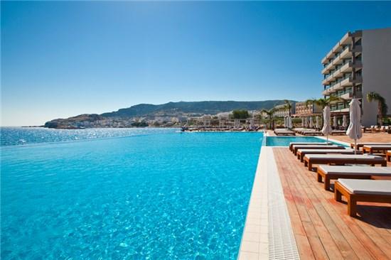 Πισίνα στο Ξενοδοχείο Alimounda Mare Κάρπαθος - Έργο 1 5