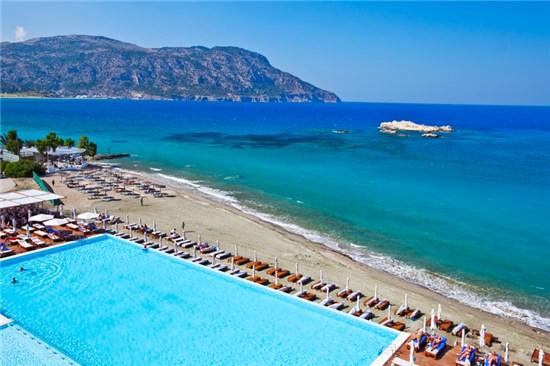 Πισίνα στο Ξενοδοχείο Alimounda Mare Κάρπαθος - Έργο 1 13