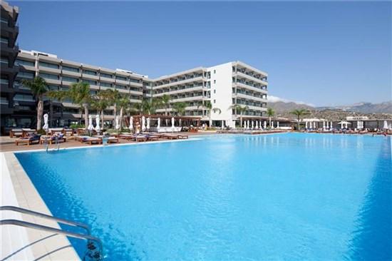 Πισίνα στο Ξενοδοχείο Alimounda Mare Κάρπαθος - Έργο 1 11