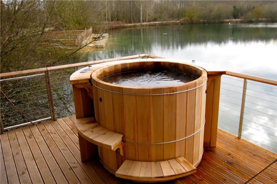 Ξύλινο Hot Tub - USA