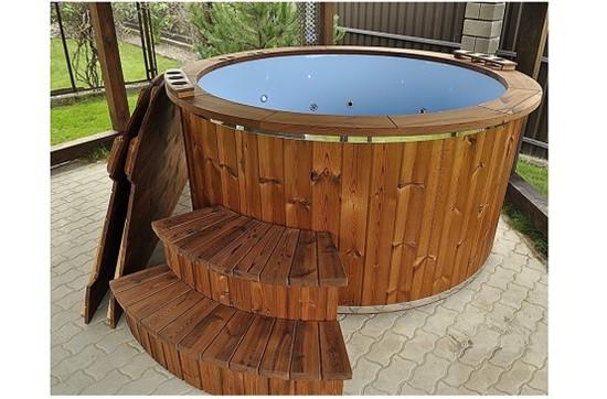Ξύλινα Hot Tub, Ξύλινο Hot Tub - Λετονία
